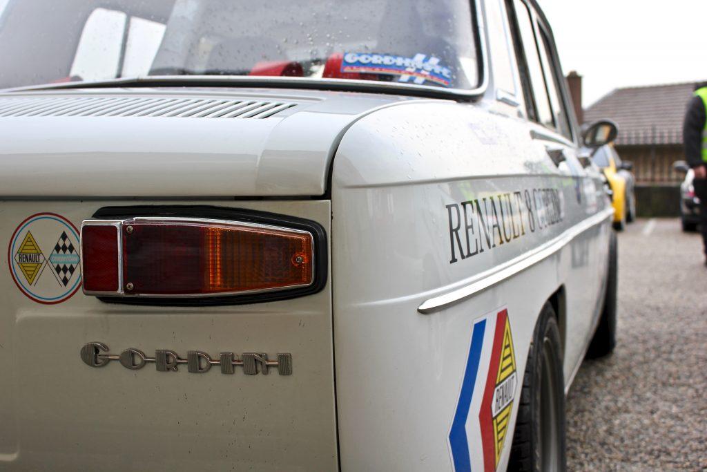renault 8 gordini vue de derrière