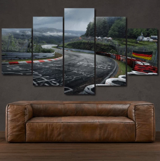 toile Nurburgring au dessus d'un canapé
