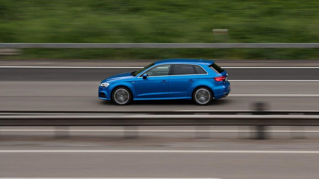Audi A3 bleu