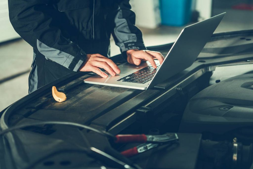 detecter une panne de voiture valise diagnostic