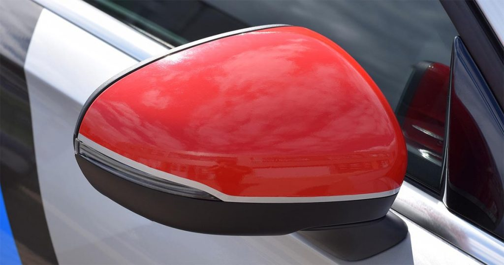 où coller des stickers sur sa voiture