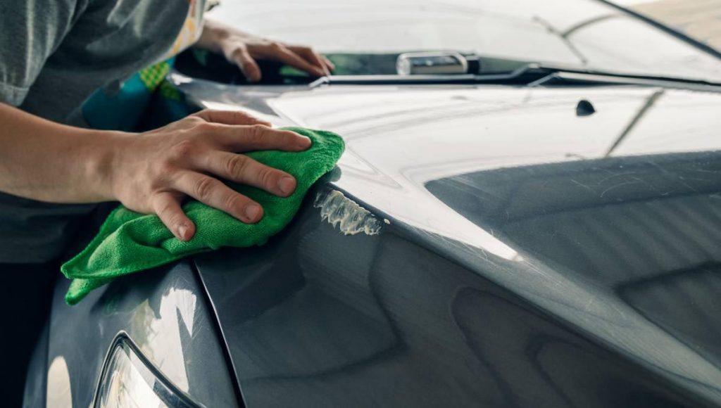 comment bien laver sa voiture